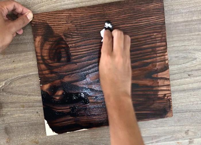 Sơn gốc nước cho gỗ là gì? - Kiến Thức Sơn Nước